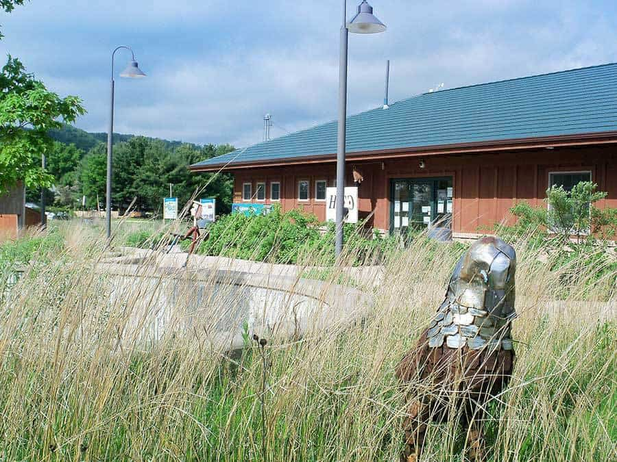 Nature-Center-building